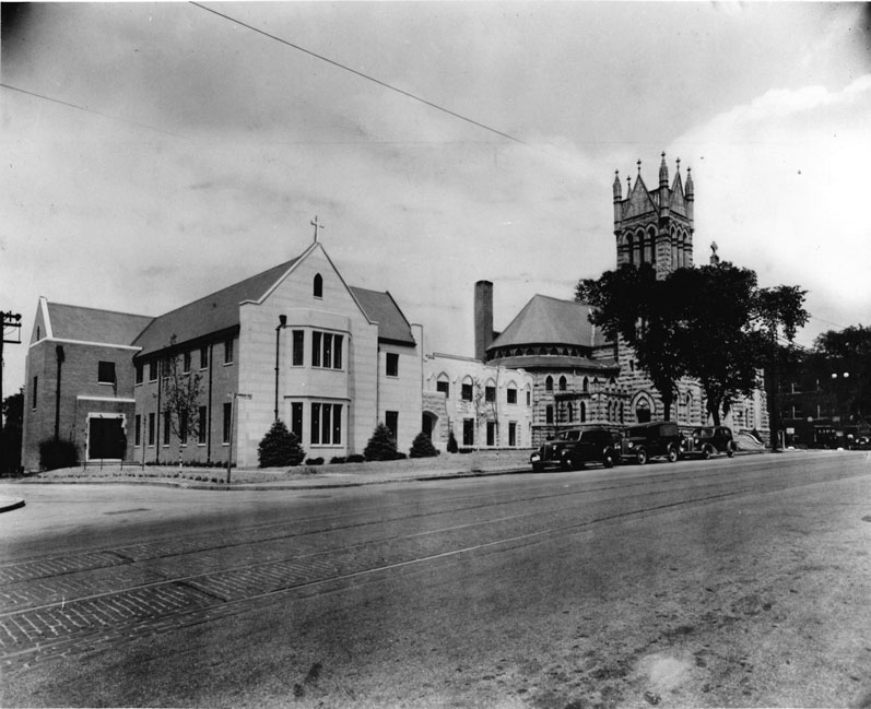 1942 | Parish House and Educational Wing