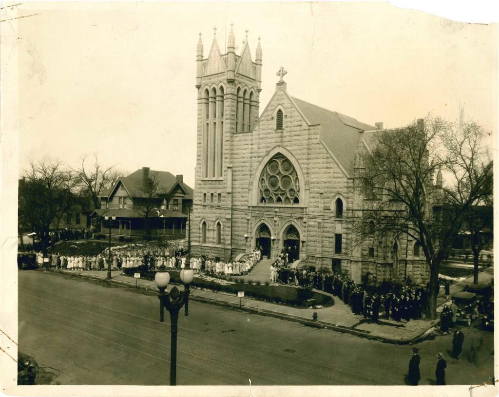 1906 | Third Building